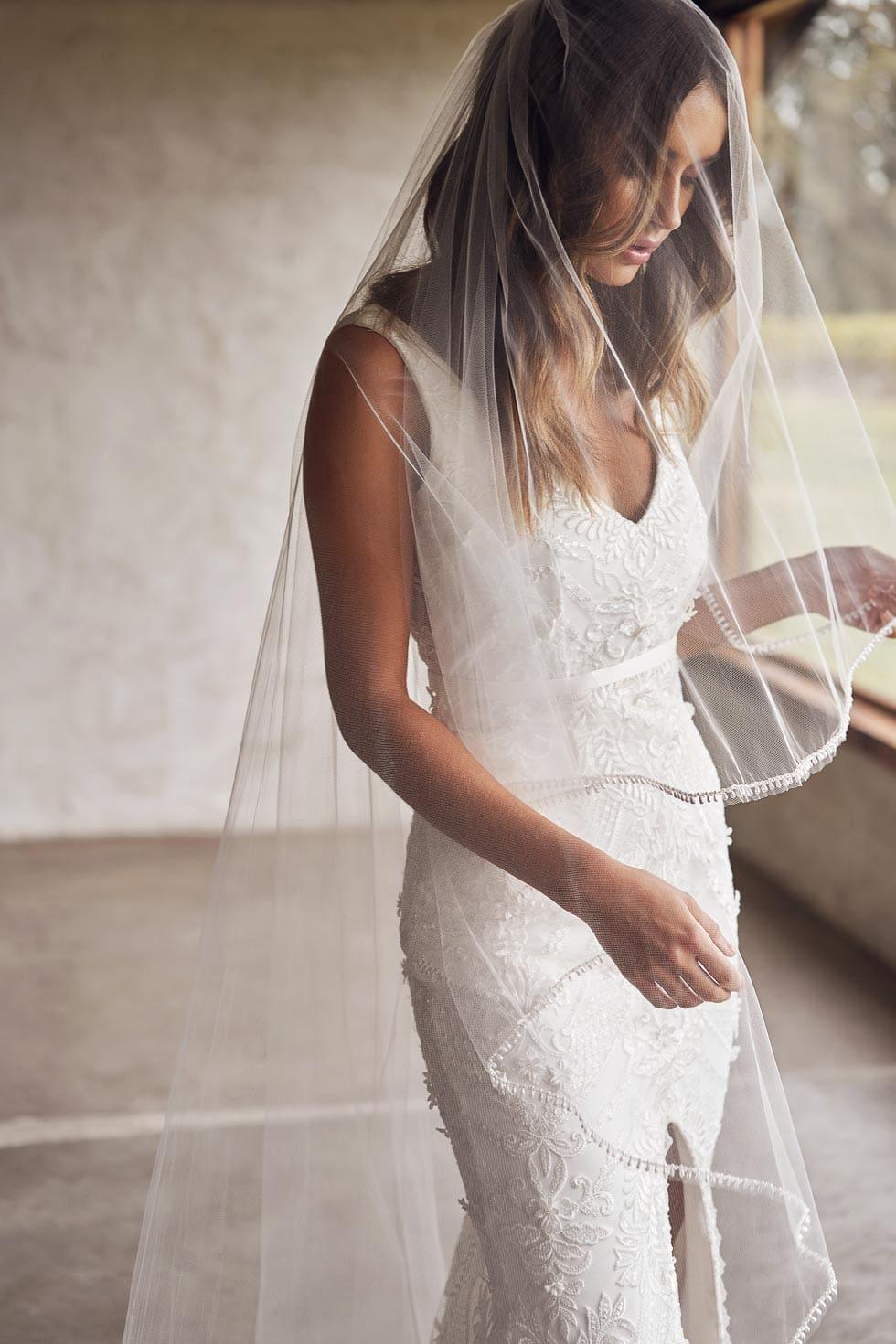 Brautschleier lang Spitze Anna Campbell