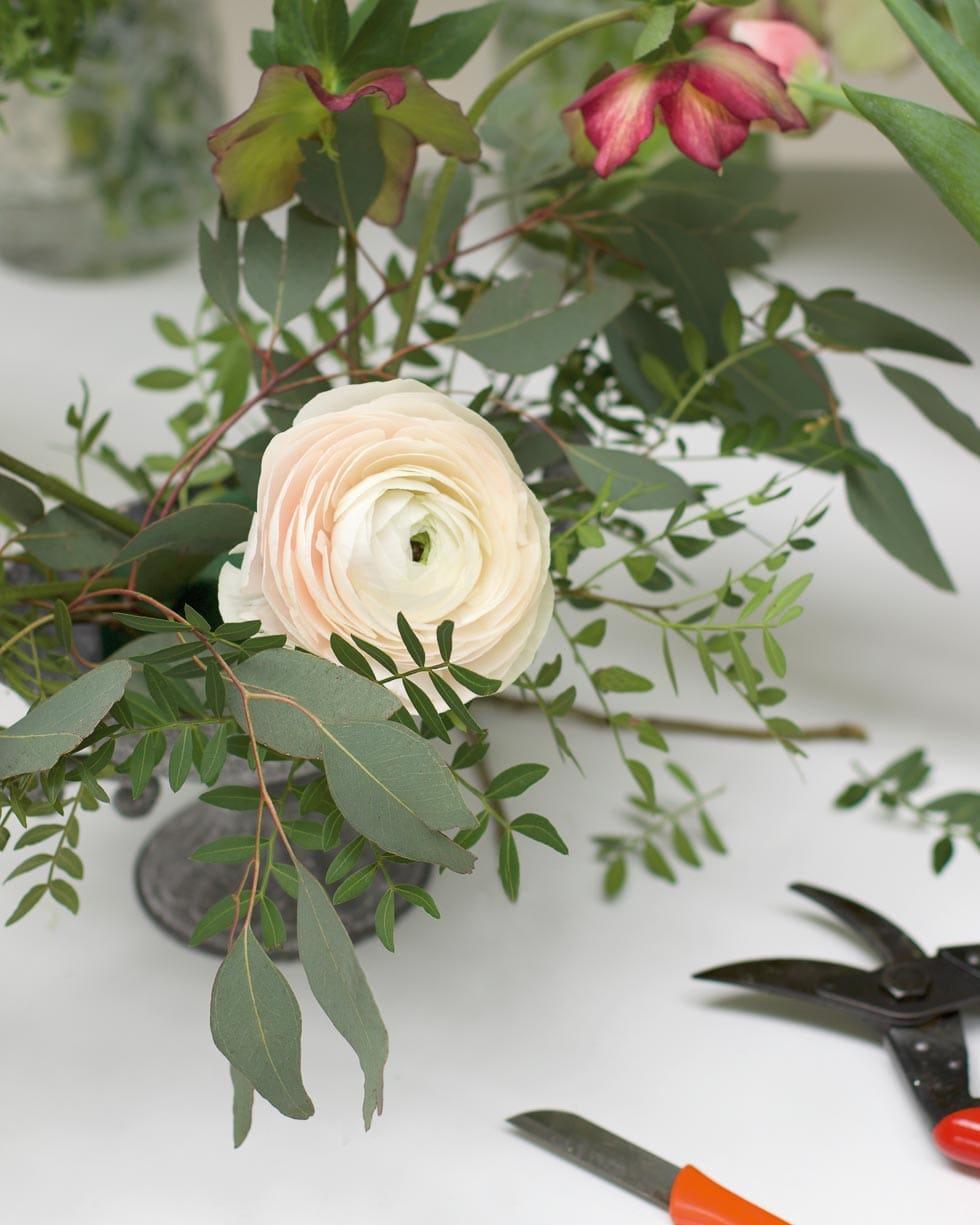Tischdeko Blumengesteck selber machen