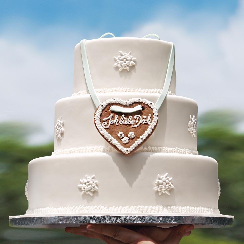 Hochzeitstorte Trachtenhochzeit