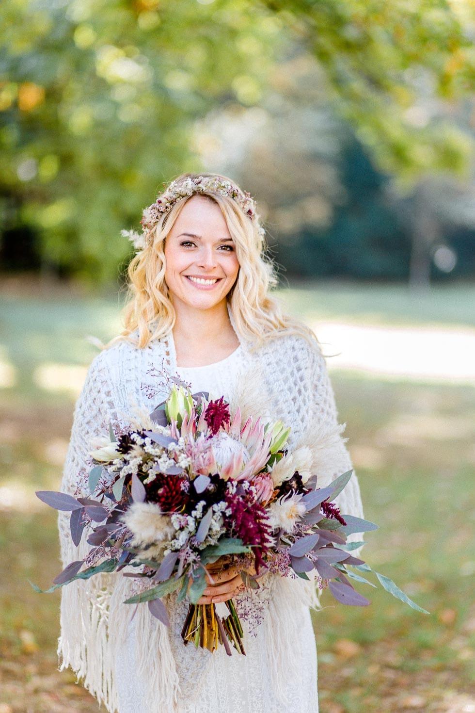 Brautstyling Brautstrauß Boho