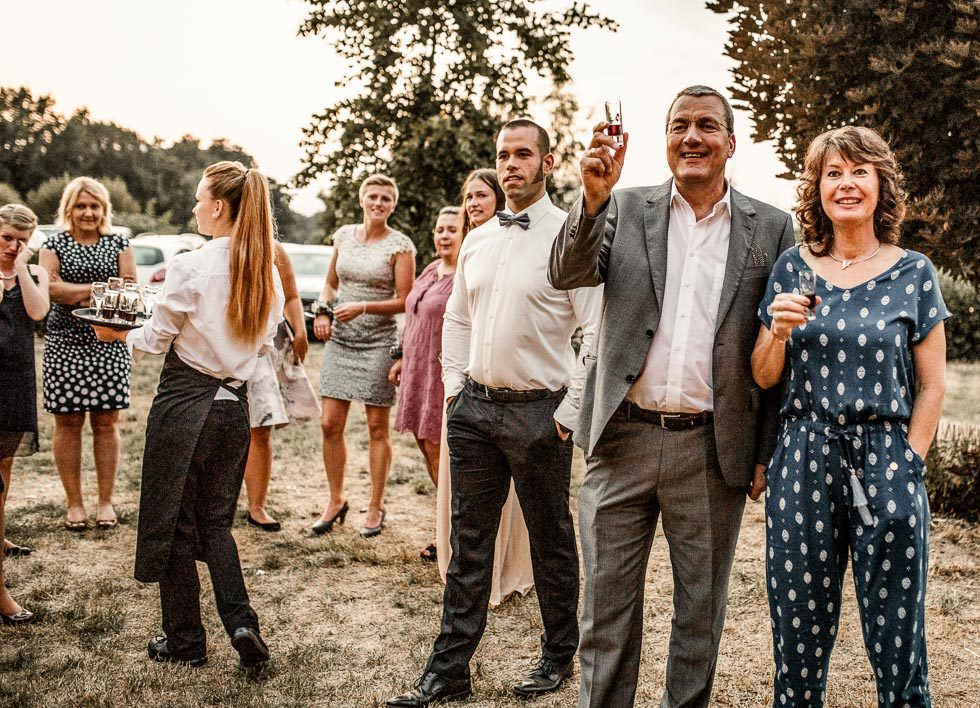 Gäste Sektempfang Hochzeit